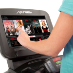 Life Fitness Discover SE3 Console - Treadmill Netflix